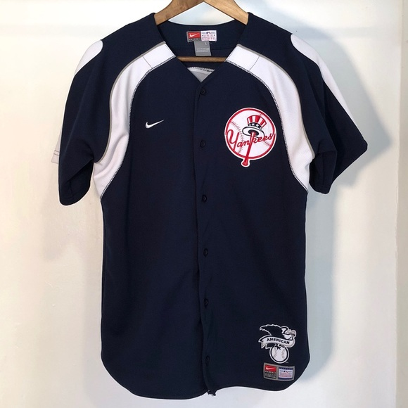 new concept b62e7 52cf6 Nike MLB Embroidered Derek Jeter Yankees Jersey